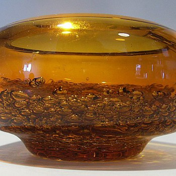 Mystery Amber bowl..........with Bubbles Mass /Cluster  - Art Glass