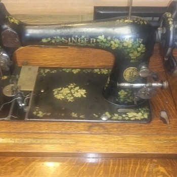 1892 singer sewing machine in cabinet - Sewing