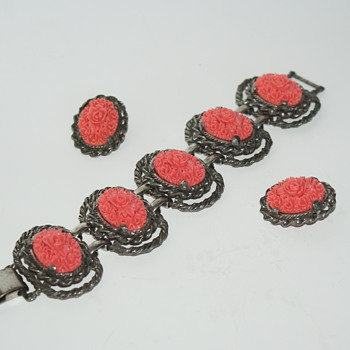 Please Help Identifying Vintage Celluloid Bracelet - Costume Jewelry