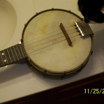 Ludwig Banjo  - Guitars