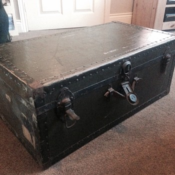 Trunk - can you help identify? - Furniture
