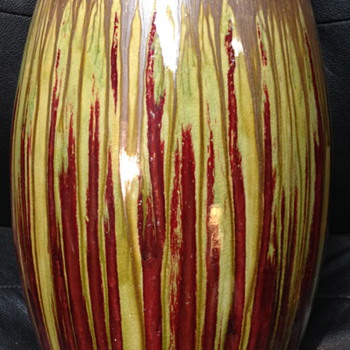 One of the best made and looking stoneware vases I've ever seen! - Pottery