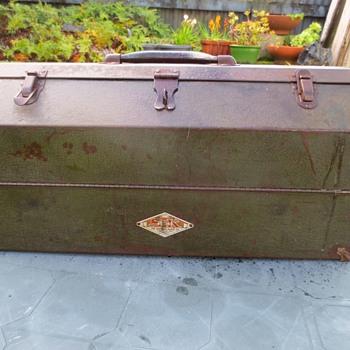 Sherman Klove big tool box! - Tools and Hardware
