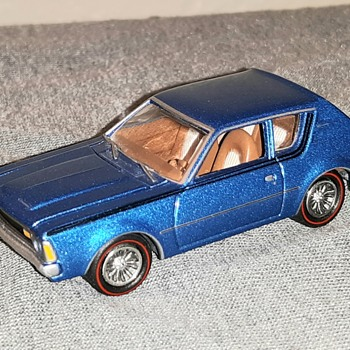 Johnny Lightning AMC Gremlin 1/64 Scale - Model Cars