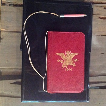 Anheuser-Busch 1904 leather delivery mans note book with original pencil. - Advertising