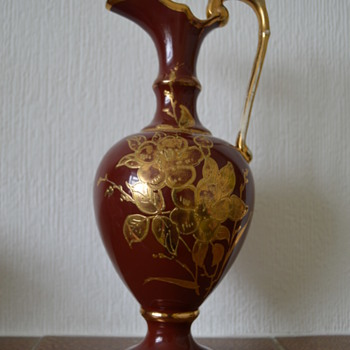 Antique pitcher with gold flowers decoration - Pottery