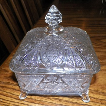 Vintage Clear Glass  4 footed Trinket or Candy Dish with starburst design and daisies - Glassware