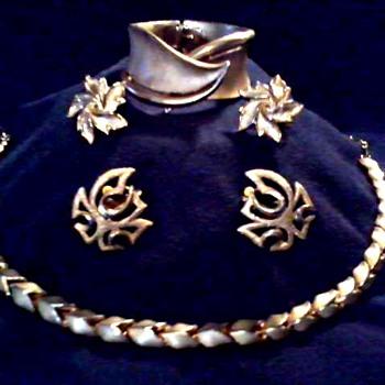 """ Trifari"" Demi-Parure (?) Necklace, Cuff Bracelet, and Ear Rings / Circa 1960 - Costume Jewelry"
