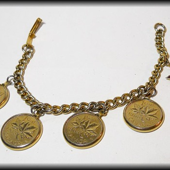 Vintage Soveneir Canadian Penny Bracelet - Costume Jewelry