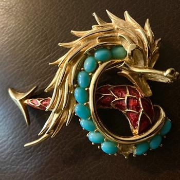 Boucher monster - Costume Jewelry