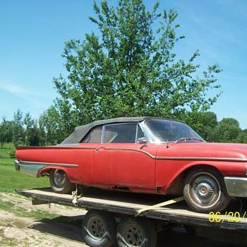 61 Mercury Montcalm - Classic Cars