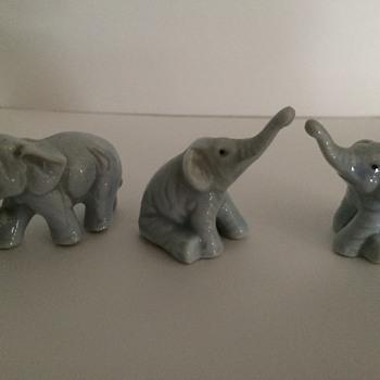 Mini Elephant Figurines - Figurines