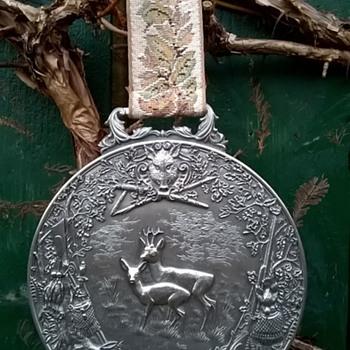 WMF Zinn Pewter Hunting Scene Wall Plaque Medallion 1950s, Flea Market Find, $2.00 - Fine Art