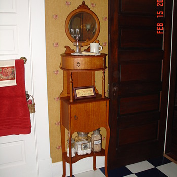 A True Antique...One Of A Kind...Governors Six-Foot Oak Shaving Stand..Patent January 15, 1904 - Furniture