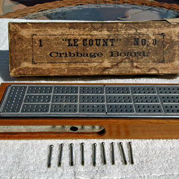 C W Le Count Cribbage Board