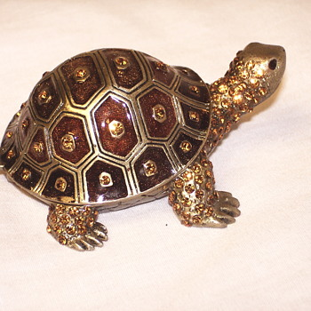 Enamel Turtle - Animals