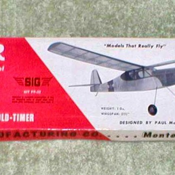 "1974 - SIG Balsa Airplane Kit - ""Tiger"" - Toys"