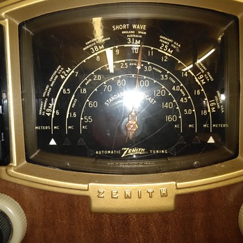 Zenith stereo