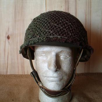 West German Para helmet , Stahlhelm Luftlande M61 - Military and Wartime