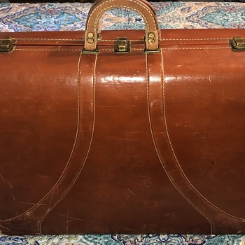 Vintage Singer (?) Hard Shell Cow-Hide Suitcase - Bags