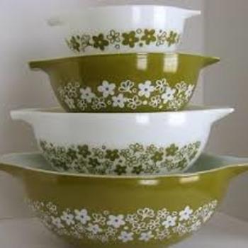 "Pyrex ""Spring Blossom Green"" Cinderella Bowls (Bonus Daily item) - Kitchen"
