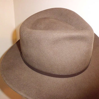 Scala Outback solid daily wear hat