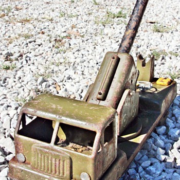 My Favorite U.S. Army Cannon Mounted Battery Operated Toy Truck - Model Cars