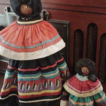 Seminole Indian Palmetto Root Dolls circa 1950 - Dolls