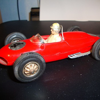 Lovely Ferrari 156 slot car, who made it? - Model Cars