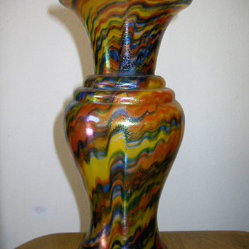 Welz - Satin flashed decor - Art Glass