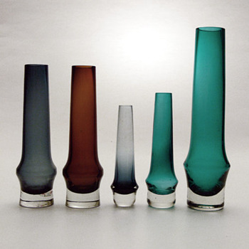 Riihimäki vases: unknown designer and Nanny Still - Art Glass