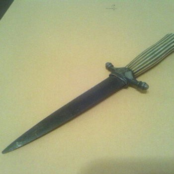 Trying to find out what Time period this Dagger is from. - Tools and Hardware