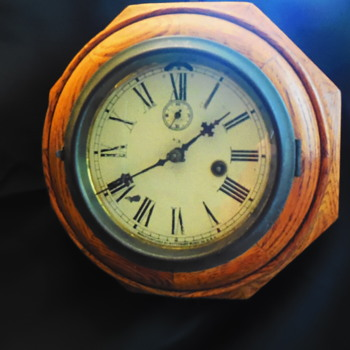 Antique Waterbury Clock Co. 1 day Time 6 Inch Lever Oak Octagon Wall Clock - Clocks