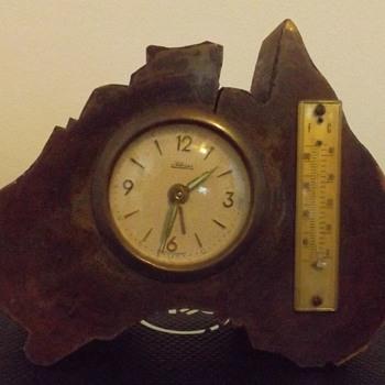 Kaiser Western Germany clock shaped like Australia - Clocks