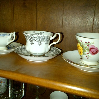 More items I don't know what they are. - China and Dinnerware