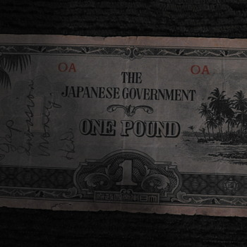Money and picture from WWII - Military and Wartime