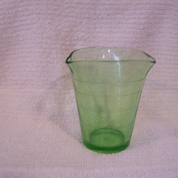 Green Measuring Cup - Glassware