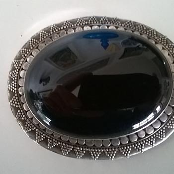 Sterling Silver & Onyx Brooch, Flea Market Find Today - $1.00 - Fine Jewelry