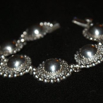 Vintage Mexican Sterling Bracelet - Fine Jewelry