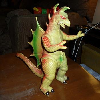 Gigan type Godzilla Toy Figurine - Toys