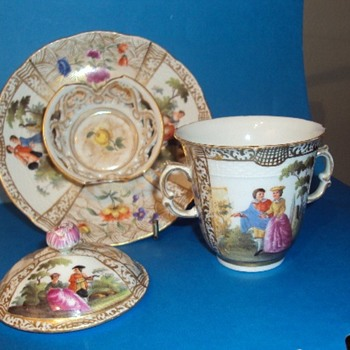 Helena Wolfstone Trembleuse Meissen Cup Saucer - China and Dinnerware