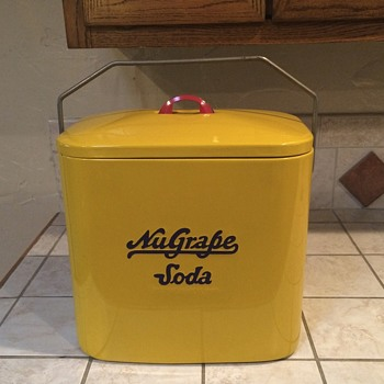 Nugrape Superior Junior Cooler - Advertising
