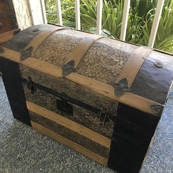 Trunks - Furniture