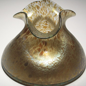 LOETZ CANDIA PAPILLION PINCHED SQUAT VASE IRIDESCENT,Circa 1899 - Art Glass