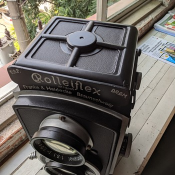 "Giant ""Baby"" Rolleiflex 4x4 Dummy update - Advertising"