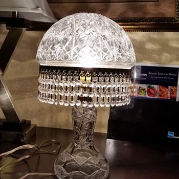 Etched Star of David and Pinwheel Heavy Crystal Lamp