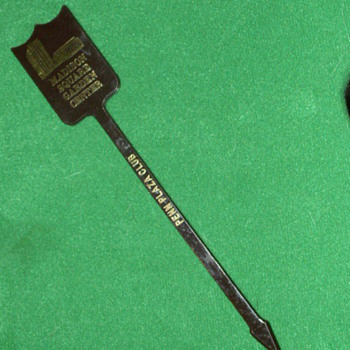 Vintage Madison Square Garden/Penn Plaza Club Swizzle Stick - Advertising