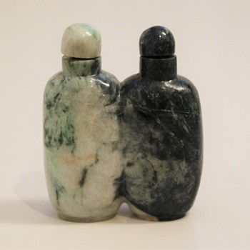 Black and White Jadeite Conjoined Snuff Bottle - Asian
