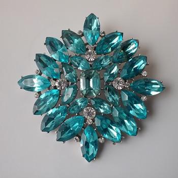 Astra by Joseph Wiesner brooch & earrings  - Costume Jewelry