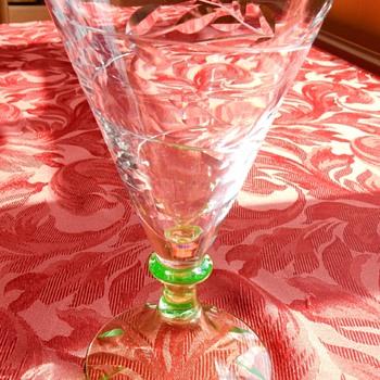 Gerard Muller? uranium footed wine glass - Art Glass